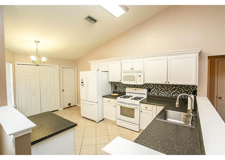 Photo of 872 Haynes Rd Green Cove Springs, FL 32043