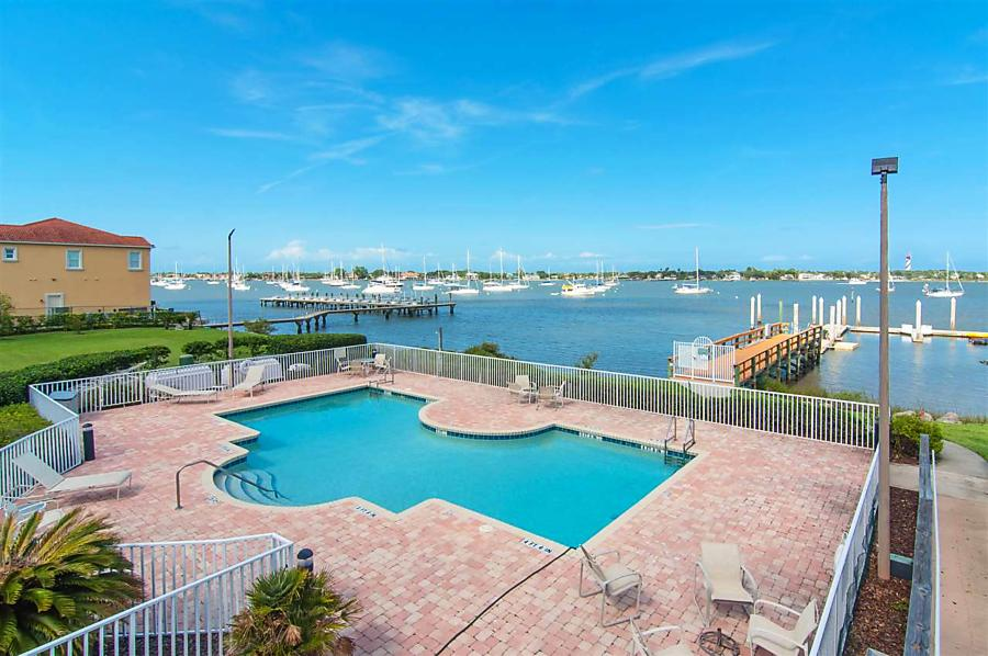 Photo of 155 Marine St St Augustine, FL 32084