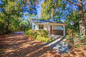 Photo of 5200 Eulace Rd Jacksonville, FL 32210