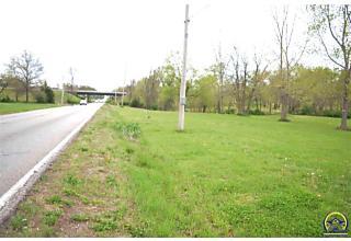 Photo of 3901 Se Adams St Topeka, KS 66609
