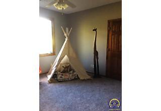 Photo of 4120 Sw Cypresswood Ct Topeka, KS 66610
