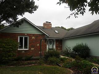 Photo of 3712 Sw Kings Forest Rd Topeka, KS 66610