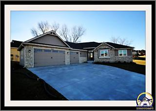 Photo of 7439 Sw Kings Forest Ct Topeka, KS 66610