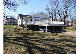 Photo of 804 Wisconsin Ave Holton, KS 66436