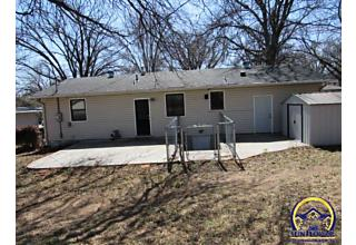 Photo of 3210 Sw 31st St Topeka, KS 66614
