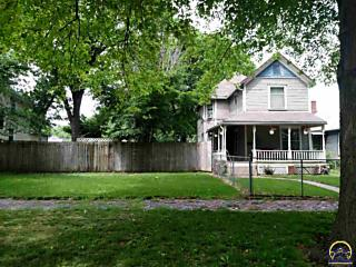 Photo of 1211 Sw Fillmore St Topeka, KS 66604