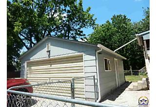 Photo of 1631 Sw Lincoln Topeka, KS 66604