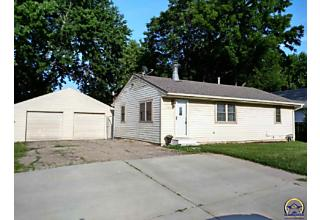 Photo of 238 Sw Macvicar Ave Topeka, KS 66606