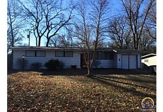 Photo of 1225 Sw Cornwall St Topeka, KS 66611