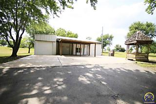 Photo of 3705 Se Shawnee Heights Rd Tecumseh, KS 66542
