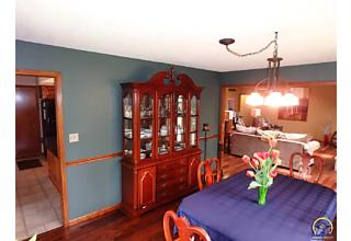 Photo of 2523 Sw Golf View Dr Topeka, KS 66614