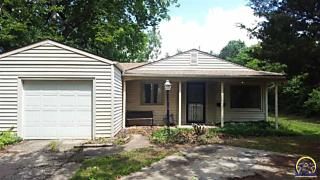 Photo of 3116 Sw Lincoln St Topeka, KS 66611