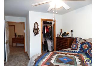 Photo of 4330 Se Oakwood St Topeka, KS 66609