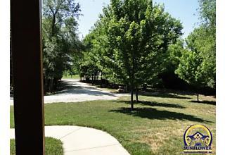 Photo of 644 Nw 86th St Topeka, KS 66617