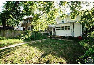 Photo of 1184 Sw Garfield Ave Topeka, KS 66604