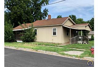 Photo of 1035 Se Lafayette Ave Topeka, KS 66607