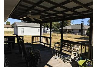 Photo of 2124 Jefferson St Grantville, KS 66429