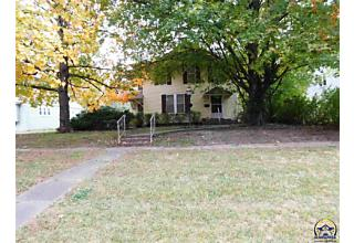 Photo of 615 Kansas Ave Holton, KS 66436