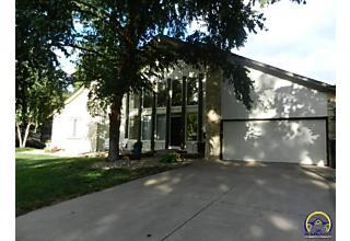 Photo of 3516 Sw Macvicar Ave Topeka, KS 66611