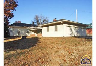 Photo of 2315 Sw 10th Ave Topeka, KS 66604