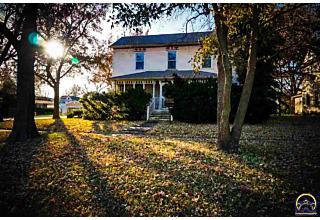 Photo of 301 Ohio Ave Holton, KS 66436