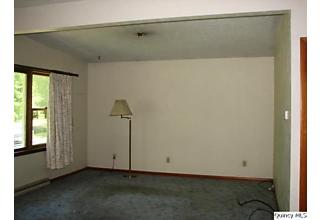 Photo of 710 Cherry Carthage, IL 62321