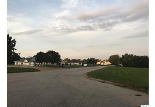 Photo of 3755 E Lake Centre Drive Quincy, IL 62305