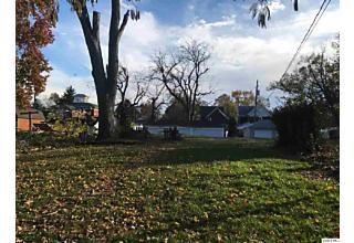 Photo of 1124 Monroe Quincy, IL 62301