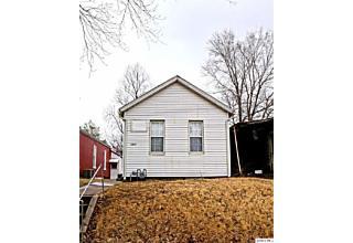 Photo of 1307 College Quincy, IL 62301