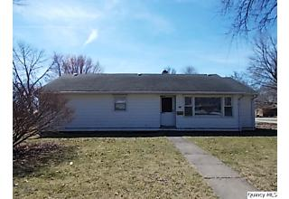 Photo of 604 Maple Street Carthage, IL 62321