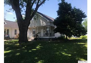 Photo of 2811 Oak St Quincy, IL 62301
