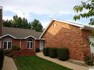 Photo of 2726 Kings Pointe Ne Quincy, IL 62305