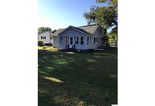 Photo of 295 N Main New Canton, IL 62356
