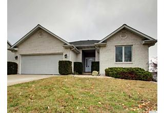 Photo of 2422 Drake Dr Quincy, IL 62305