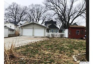 Photo of 711 S 15th Quincy, IL 62301