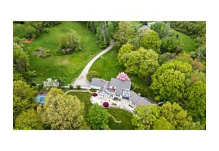Photo of 177 Great Pond Rd North Andover, Massachusetts 01845