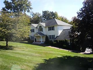 Photo of 8   Farmor Lane Carmel, NY 10512