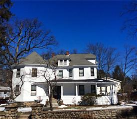 Photo of 19  West Crooked Hill Road Pearl River, NY 10965
