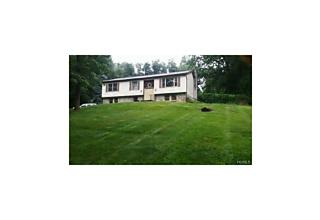 Photo of 360  South Greenhaven Road Stormville, NY 12582