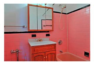 Photo of 3215   Olinville Avenue Bronx, NY 10467