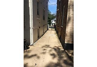 Photo of 960  East 231st Street Bronx, NY 10466