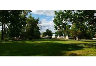Photo of 420 County Route 48 Thompson Ridge, NY 10985