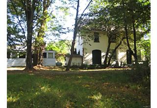 Photo of 7 Oxford Square Chester, NY 10918