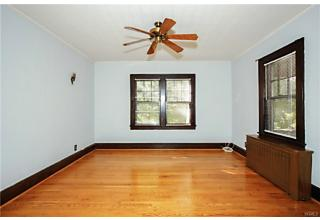 Photo of 21 Summit Avenue Tappan, NY 10983