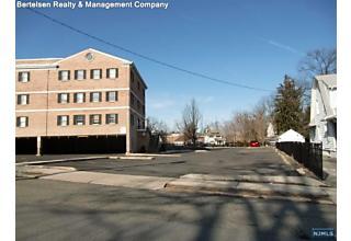 Photo of 65 North Maple Avenue Ridgewood, NJ