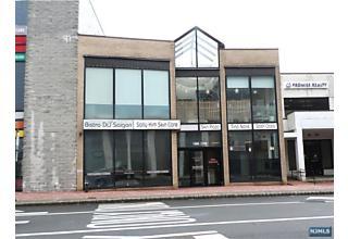 Photo of 168-170 Main Street Fort Lee, NJ