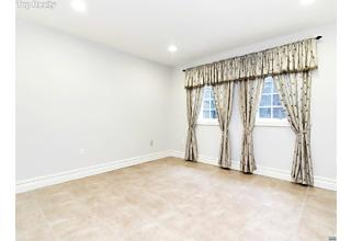 Photo of 502 Floyd Street Englewood Cliffs, NJ