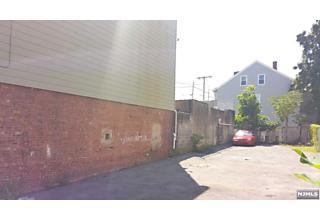 Photo of 222 Park Avenue Paterson, NJ