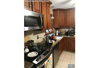 Photo of 75 Larchmont Drive West Milford, NJ