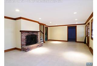Photo of 11 Dogwood Drive Saddle River, NJ
